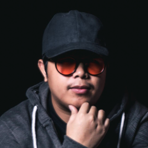 ณัฐพงศ์ สุริยะมา (DJ Mr.Bus)